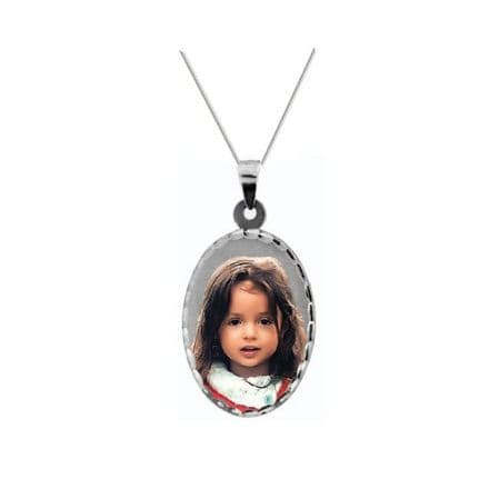 Personalised 9ct White Gold Oval 30mm Photograph Pendant