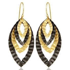 Hammered Gold Oval Layer Earrings