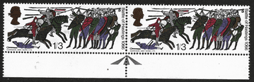 GB stamp, 1966, Queen Elizabeth II SG712, Norman troops attacking Harold's troops, marginal pair