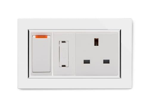 RetroTouch Switched Fused Spur with 13a Unswitched Socket CT White 01102