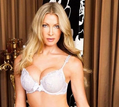 By Caprice Lilylou Padded Bra In White (100103)