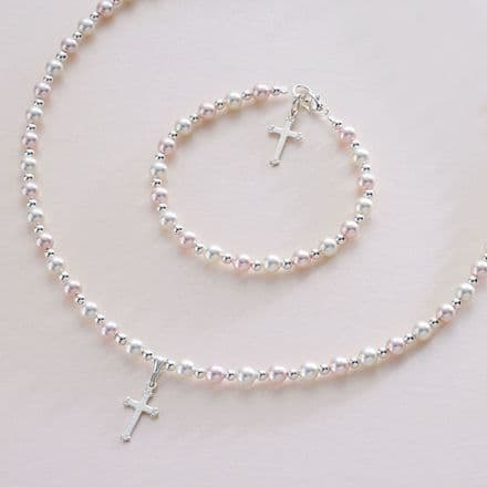 Girls or Ladies Pearl Jewellery Set