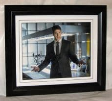 "A175BRA BRANDON ROUTH - ""ARROW"" SIGNED"
