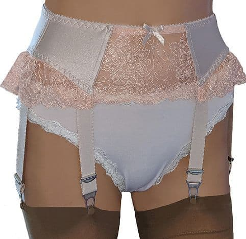 Luxury 6 Strap Suspender Belt in Peach with Lace Panels